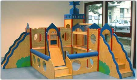 Mobilier exterieur petite enfance for Module de jeu exterieur